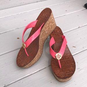 💥Tory Burch Thora Pink Wedge thong sandal-7
